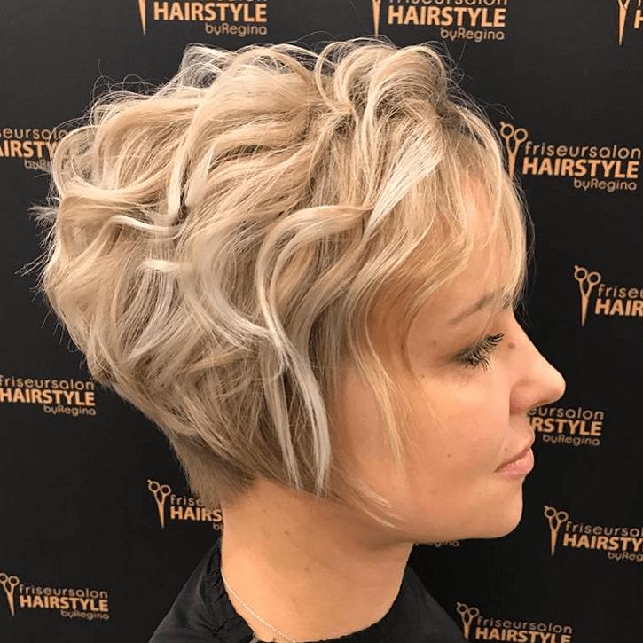 Friseur Lauf Hairstyle by Regina Kundenfoto Quadratisch Natascha